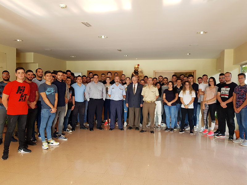 Recibimos la visita del Delegado de Defensa en Canarias