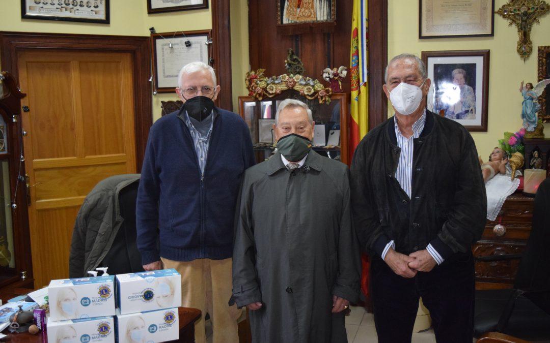 Donación de mascarillas Club de Leones