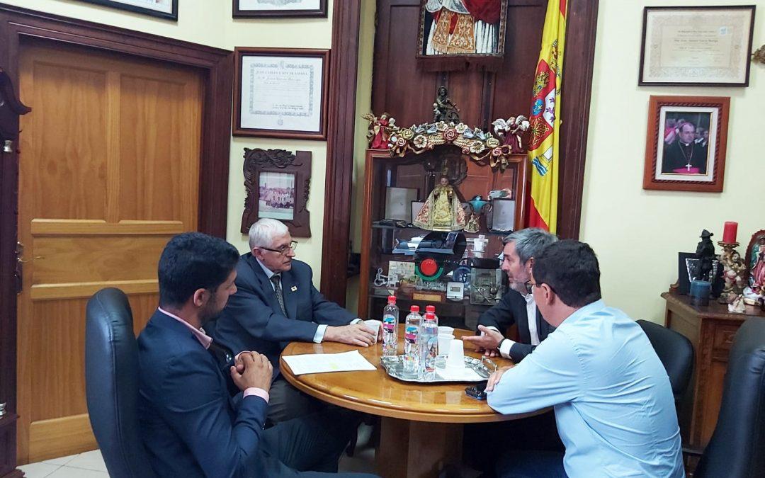 Visita de D. Fernando Clavijo, D. Pablo Rodríguez y de D. David Suárez