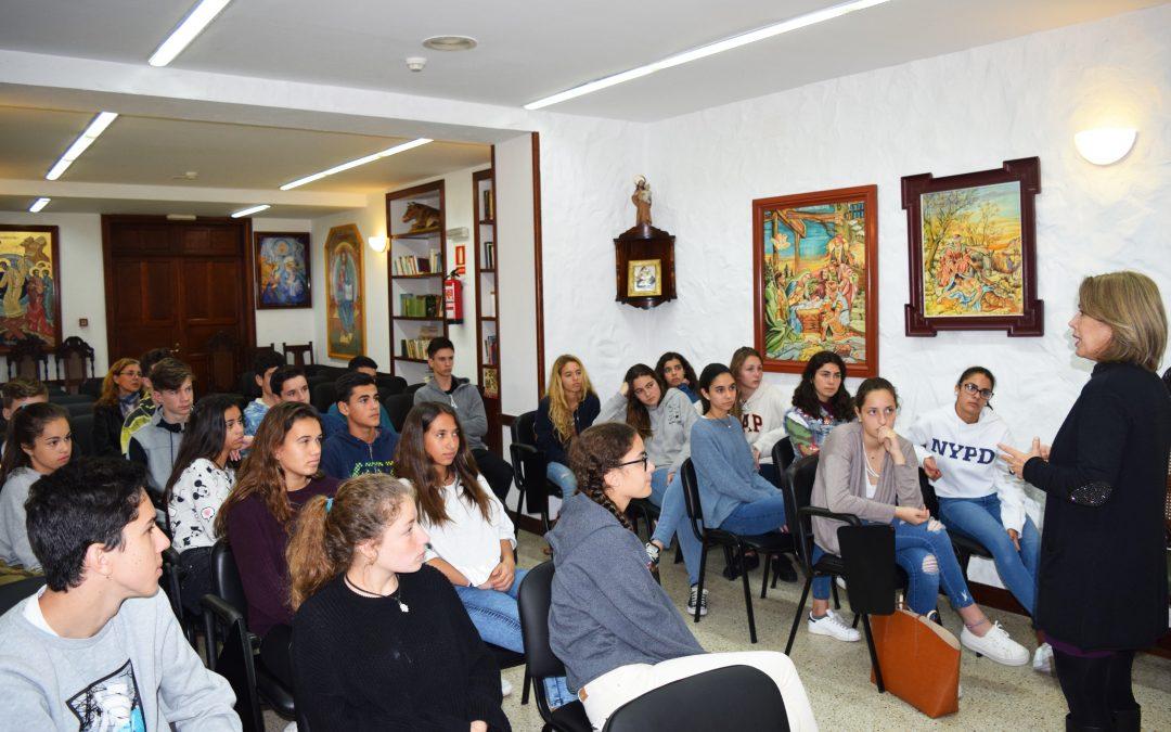 Recibimos la visita de alumnos de 3º de la E.S.O. del Colegio Heidelberg