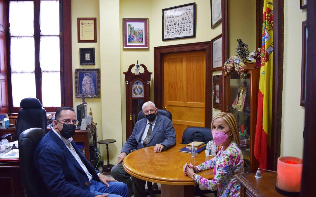 Visita de Australia Navarro y Poli Suárez
