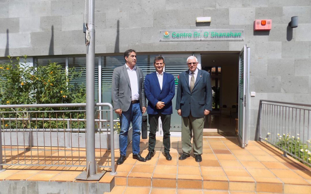 Visita del Comisionado de Inclusión Social y Lucha contra la Pobreza y del Viceconsejero de Políticas Sociales de Gobierno de Canarias
